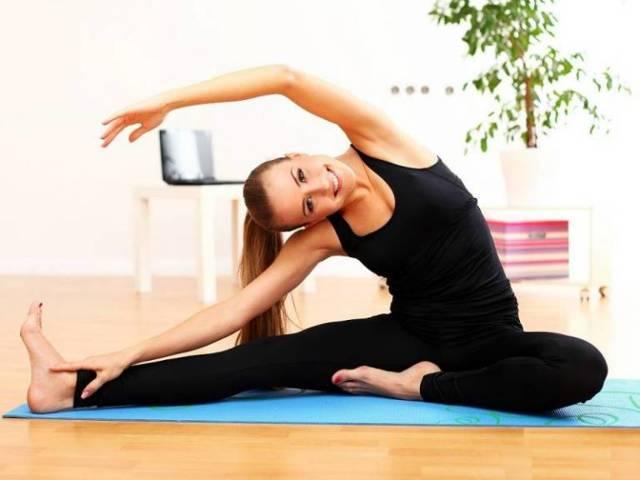 Сидячий образ жизни: последствия и 8 упражнений для профилактики