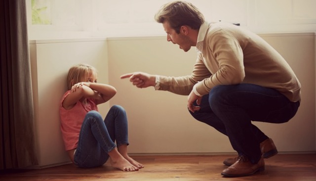 Авторитарный стиль воспитания в семье: плюсы и минусы