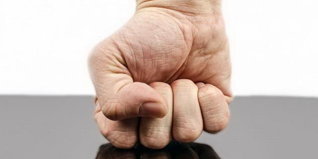 Комплекс наполеона: основные признаки и способы борьбы
