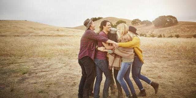 Социальные потребности человека: виды и способы удовлетворения