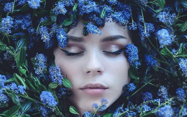 Что означает голубой цвет: психология