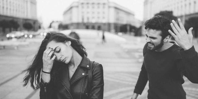 Абьюз в отношениях: признаки и методы борьбы