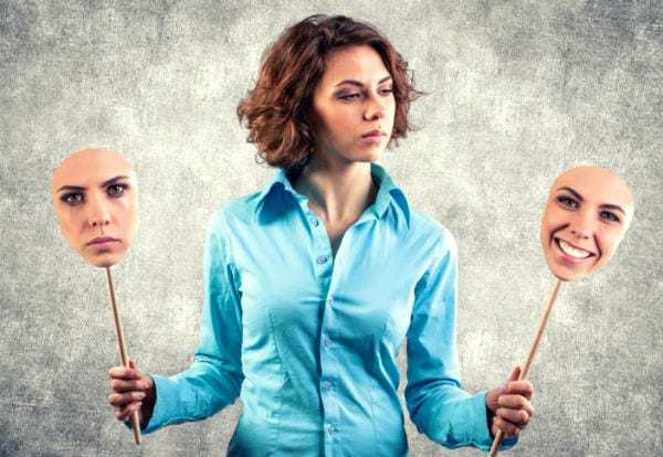 Пессимист - кто это такой: положительные и отрицательные стороны