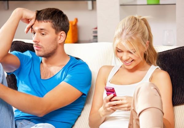 Ревность женщины: причины возникновения и советы по избавлению