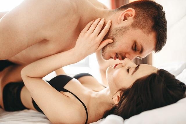 10 способов влюбить в себя парня: ТОП самых эффективных